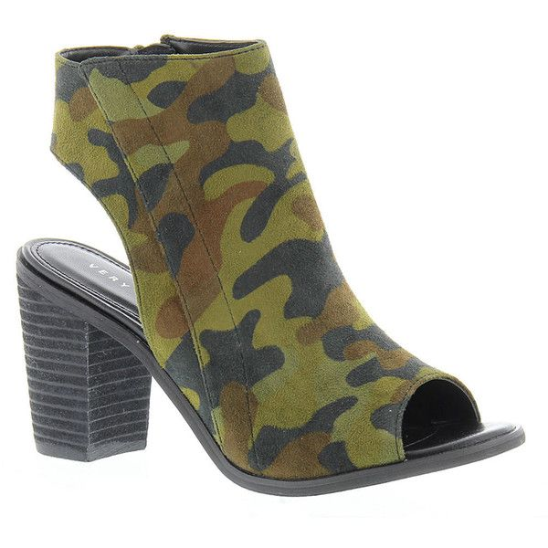 Very Volatile Presidio Women's Green Sandal 7 M (2 100 UAH) ❤ liked on Polyvore featuring shoes, sandals, green, high heeled footwear, camouflage high heel shoes, camo high heels shoes, green high heel sandals and very volatile