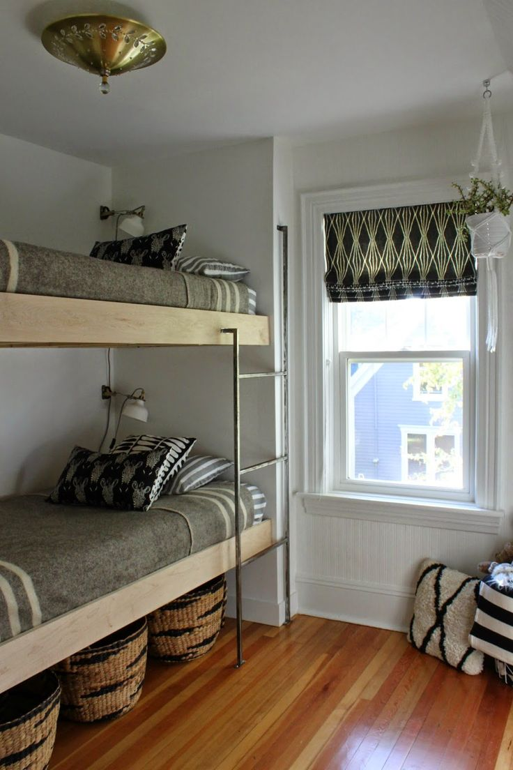Fantastic floating bunk bed project, with handmade metal ladder.