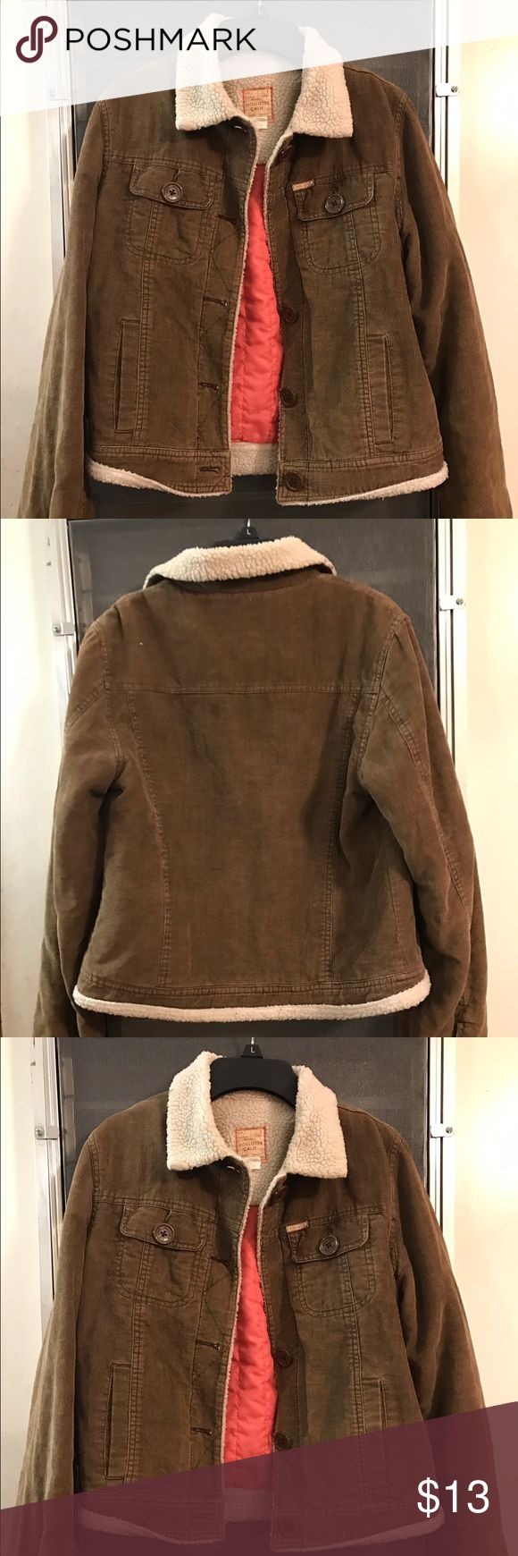 Hollister jacket Faux shearling and corduroy jacket. Pre owned in good condition. Prices to sell. Hollister Jackets & Coats