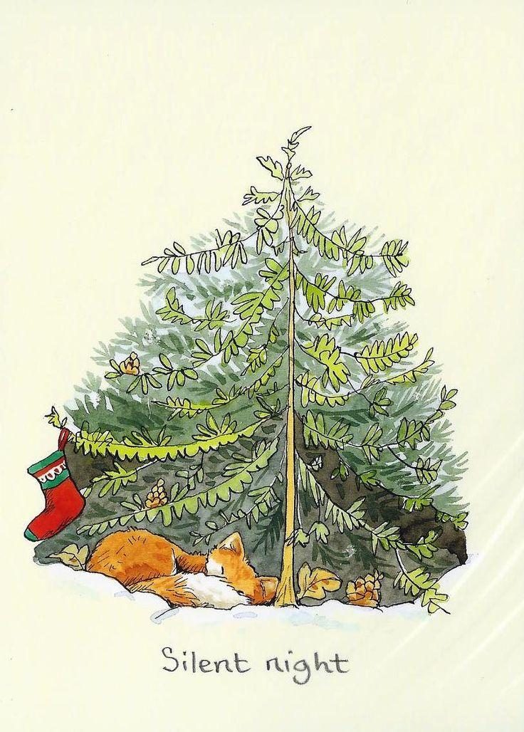 Karte zeigt einen Fuchs, der zusammengerollt unter einer Tanne liegt, an der zur Dekoration eine einzelne Weihnachtssocke hängt. Mit Text Silent Night, gezeichnet von Anita Jeram
