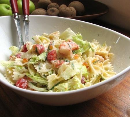 Recette salade de farfalles aux crevettes : une recette simple à préparer, rapide et estimée déposée par Natalia .