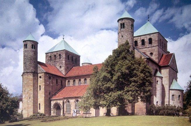 Bazylika Saint Michael Hildesheim \  Kościół św. Michała w Hildesheim  preromańska bazylika