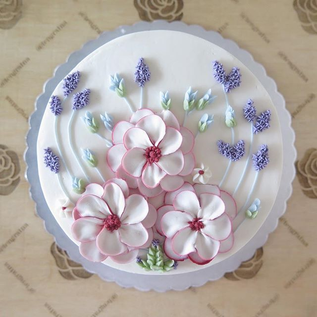 Cake Decorating Ideas Flowers : Calm for nice girl #20cm Korean Buttercream Flowers ...