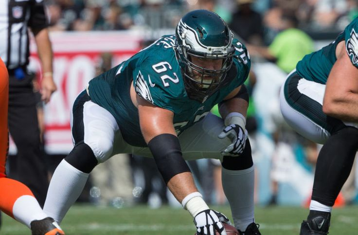 Should the Philadelphia Eagles commit to Jason Kelce?
