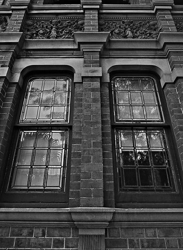 Symmetry - Windows Flickr - https://www.flickr.com/photos/123419261@N02/ Tumblr - ozpicday.tumblr.com