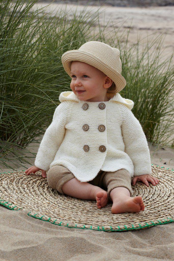 Rätstickad babyjacka i Ulrika från Svarta Fåret