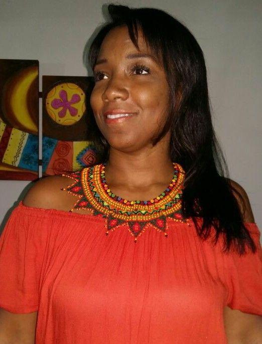 Collar Raices:Tejido Embera Chami