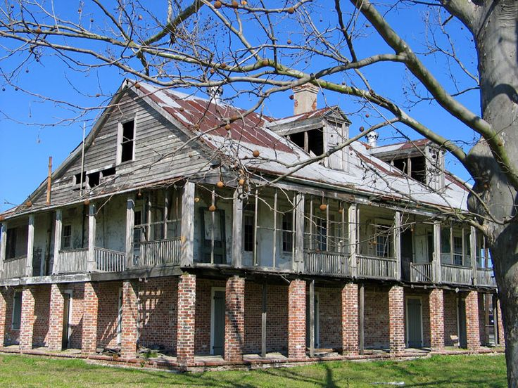 The Godchaux Reserve House On The Great River Road In