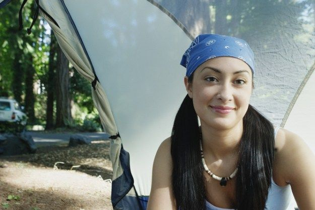 Simple Hairstyles for Camping | 9 Ways to Look Good While Camping, check it out at http://makeuptutorials.com/camping-tips-makeup-tutorials/