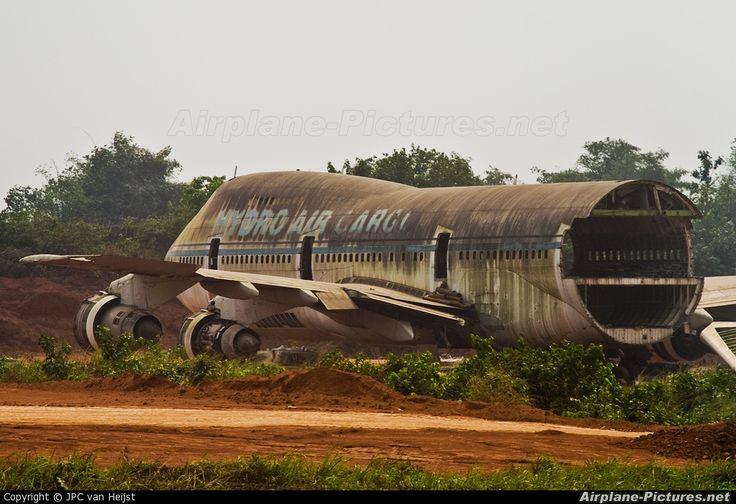 Abandoned Aircraft | ... Aviation News, Airplanes, Photos, R/C Airplanes, Rockets, Aerospace