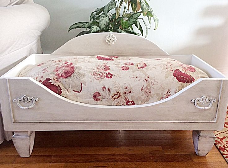 Shabby chic dog bed.    Chalk paint a big dresser drawer * cut out front opening and use this as the headboard * add wooden legs from Home Depot. Bedding is a big Queen/king size pillow covered with your favorite fabric❤️ Visit our website now!