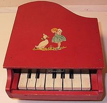 Found one of these at a flea mrkt.. bought it... Love it!! So stinkin' cute!! 1930s Wooden Schoenhut Child's or Doll's Grand Piano