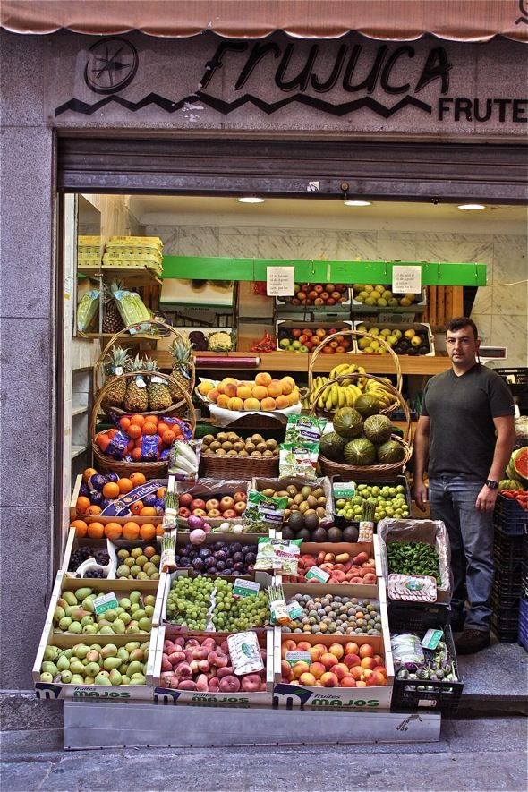 La Fruteria, a very important part of Spanish daily life. This is one of the oldest in Toledo