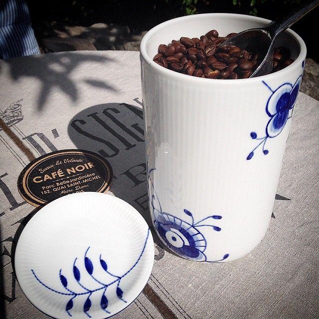 Royal Copenhagen Blue Fluted Mega Coffee Beans