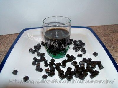 liquore alla liquirizia | La cucina di nonna Lina