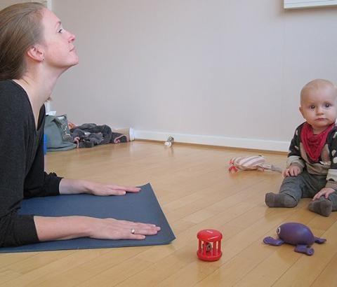 Du genopbygger din krops muskulatur efter graviditet og fødsel på en tryg og sikker måde. Hele kroppen arbejdes igennem med særlig vægt på at styrke mave, ryg og bækkenbund, afspænde lænd...