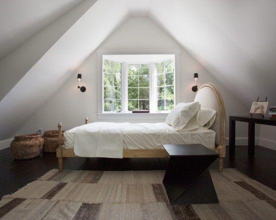 Slanted ceiling bedroom - Slanted ceiling paint ideas ...