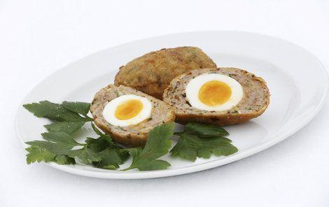 VAŘÍME CVALEM S MICHALEM: Šéfkuchař opět zabrousil do britské kuchyně a připravil skotské vejce!
