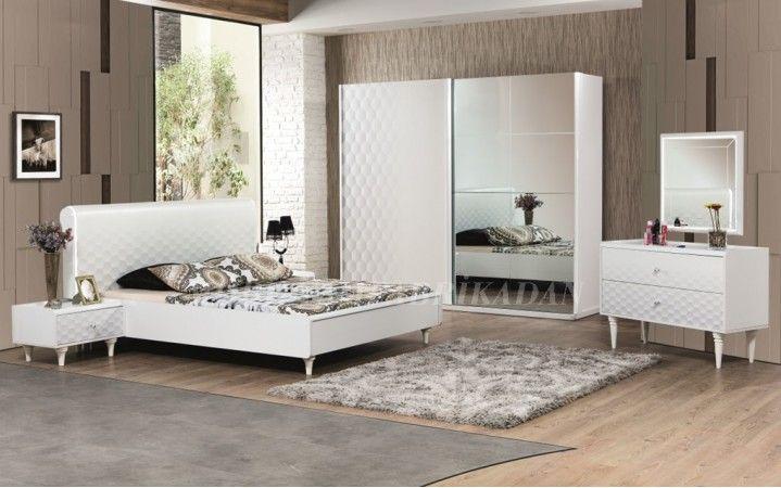 Beyazın asil ve güçlü duruşu modern tasarımla birleşiyor.#mobilya #modern #yatak #oda #tasarım #dekorasyon #ahşap #yaşam #ev