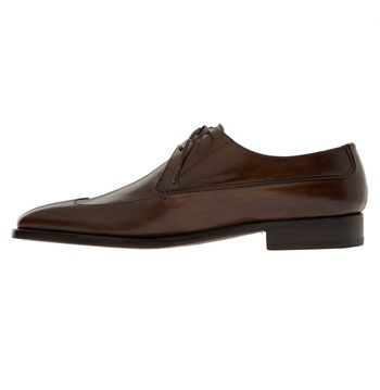 Wing Tip Styled Men Shoes
