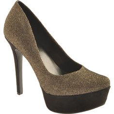 89.00 Jessica Simpson - The Waleo pump executes simplicity and style with class. It features a platform sole, a stiletto heel and a round toe.