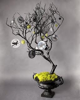Halloween tree!  Fun idea