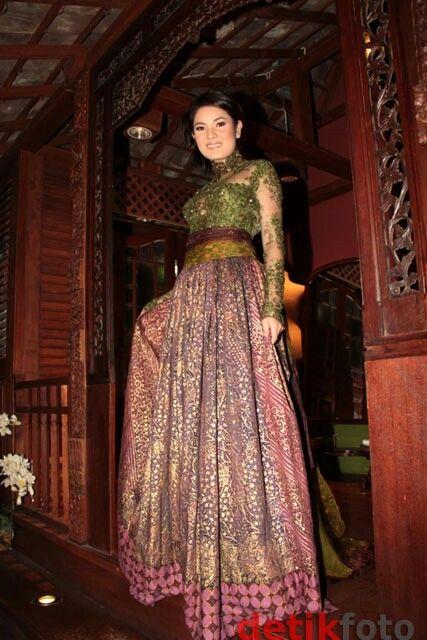 Anne Avantie wedding dress