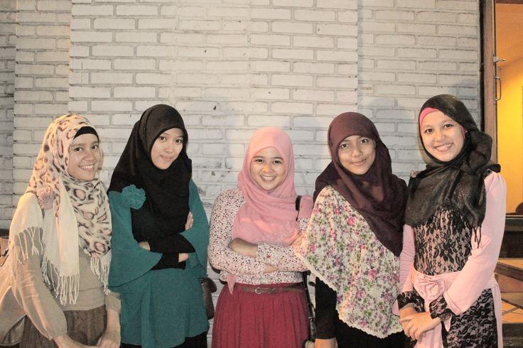 Joker belle (with Nur Arsiyah, Putri Handayani, Auliya Riska A, Atina Salsabila S)
