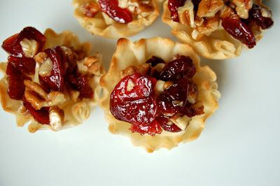 Mag-Pie's & more: Baked Brie Phyllo Cups with Craisins and Nuts