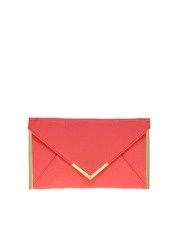 My new envelope clutch! Can't wait for it to come in the mail! (: