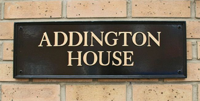 Kensington Medium Bespoke House Name Sign - A hand painted bespoke made cast sign, individually made to your own personal requirements. Unsurpassable British quality.
