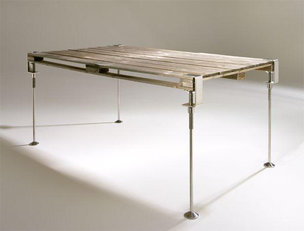 Jim Hannon-Tan - Design Projects - clampleg / melbourne movement /2001