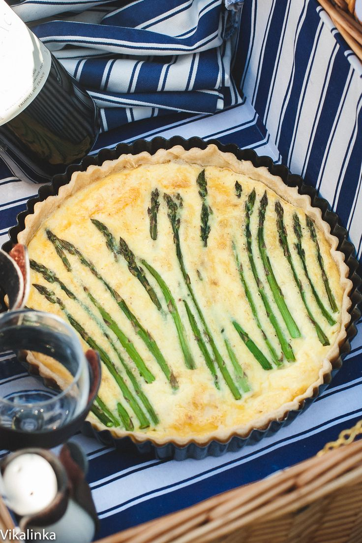 Up the game by bringing this delicious cheese and asparagus tart to your next picnic!
