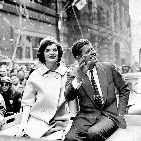 1960. 19 Octobre. By Frank HURLEY. Jacqueline Bouvier Kennedy Onassis, John F. Kennedy (recadrage)