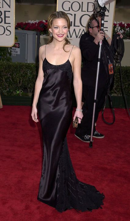The Best Golden Globes Dresses of All Time: Glamour.com Best Golden Globes Dress: Kate Hudson in Vera Wang, 2001 Kate Hudson's black Vera Wang slip dress was a statement of modern simplicity on the 2001 Golden Globe red carpet.