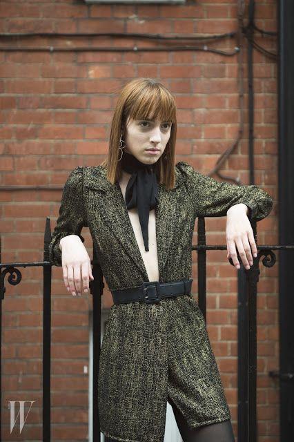 Tie-Xue-Yan-Yun-Shi-Ba-棋™: Street looks at London Fashion Week
