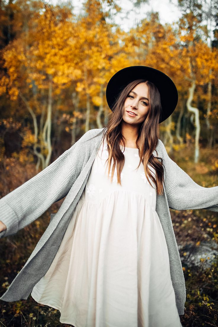 THE DEER CREEK CARDIGAN IN HEATHER GREY// FALL OUTFITS// WOMENS CLOTHING// CARDIGANS