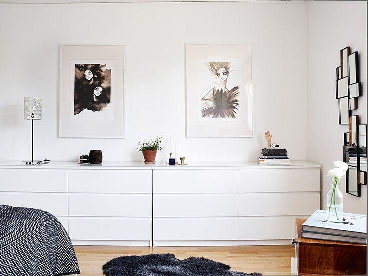 byrålösning, inte säkert vi får plats m detta i sovrummet. Jättesnyggt att sätta två matchande tavlor ovanför. Gillar färg och motiv i dessa.