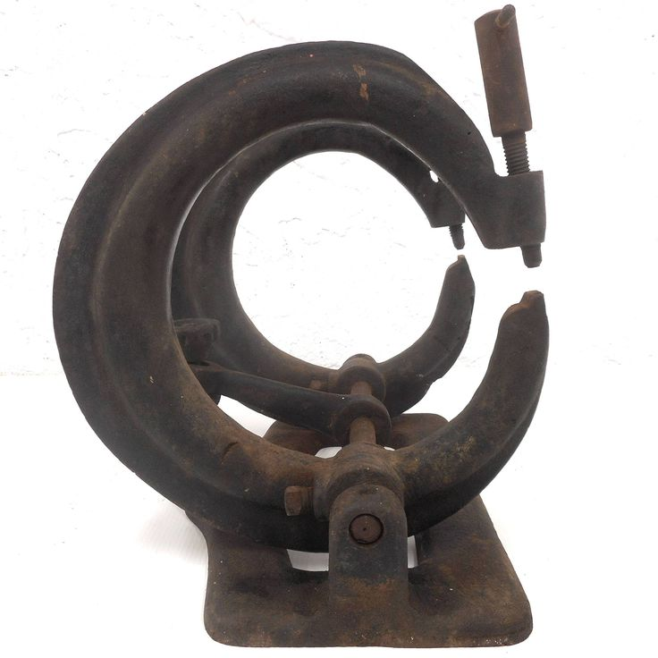 Antique Ice Skate Double Clamp Vise, Cast Iron, Ice Skate Sharpening Vice, Fully Functional, Cast Iron