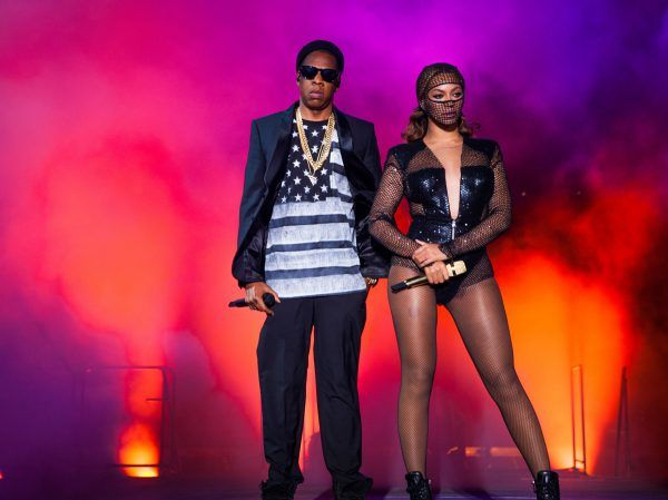 Black #Cosmopolitan Beyonce & Jay-Z Plot 'On The Run 2' Stadium Tour / First Date Surfaces   #Beyonce, #Business, #DJKhaled, #Entertainment, #JayZ          Beyonce and JAY-Z are hitting the road together. Officially. Full story below… After much ado, the first announced date for the pair's summer stadium trek -the title of which is 'On The Run 2' – spontaneously appeared on Bey's Facebook page. It lists a show at Lincoln Financial Field in Ph...   Read more