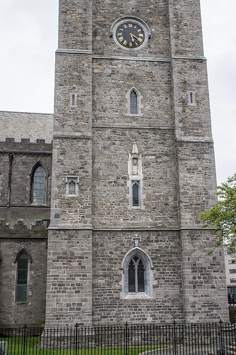St. Patrick's Cathedral & St. Patrick's Park Dublin - why is each window different?