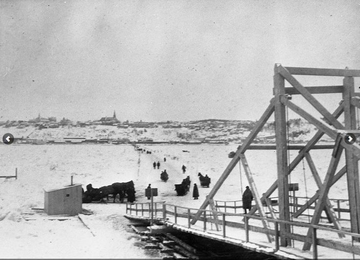 Pont de glace reliant Québec à Lévis 1898