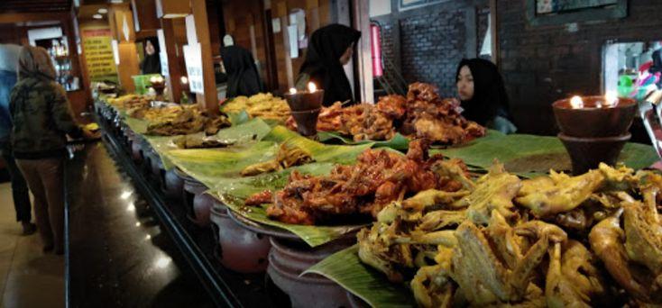 3 Restoran Khas Sunda Yang Wajib Dicicipi Saat Liburan ke Bandung