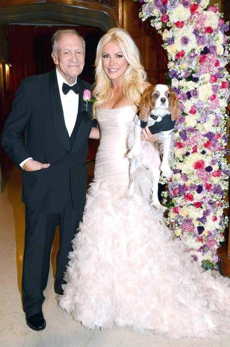 Nozze di Capodanno per il fondatore di Playboy Hugh Hefner, 86 anni, che ha sposato la ventiseienne playmate Crystal Harris (Olycom)