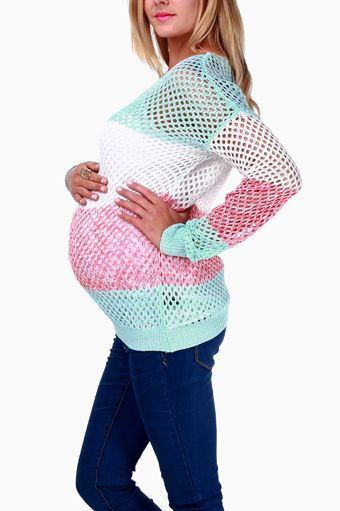 Pink Blush Maternity - Website has very pretty maternity clothes for affordable prices.