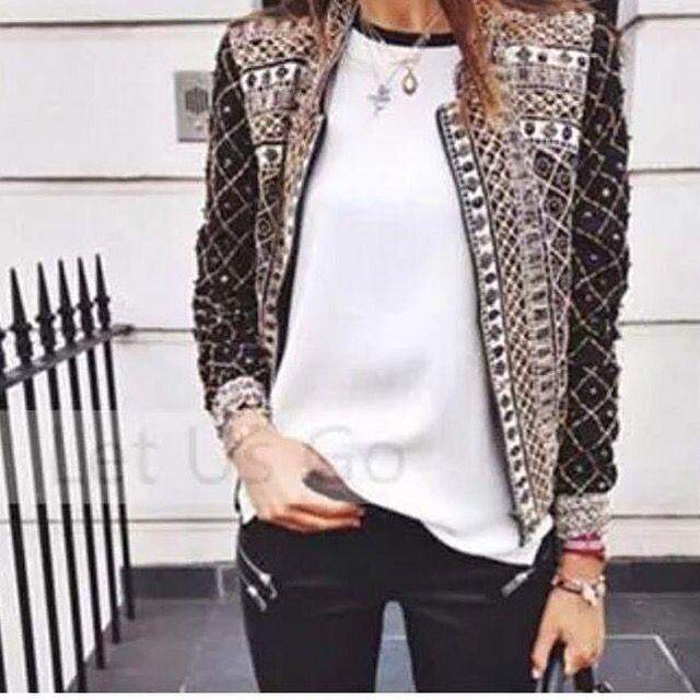 Chaqueta disponible.  #jacket #chaqueta #coolday #armatupinta #colombia