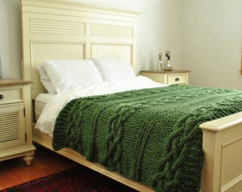 Knitting Pattern Queen Size Blanket : 1000+ ideas about Cable Knit Blankets on Pinterest Cable knitting, Knitted ...