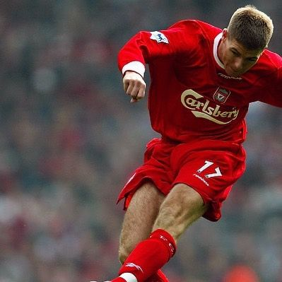 Stevie G knew how to ping a ball! This home shirt from 2002/04 with Gerrard 17 is in stock now...#lfc #liverpool #liverpoolfc #liverpoolshirt #anfield #ynwa #thekop #gerrard #stevengerrard #stevieg #football #footballplayer #retro #retrofootball #vintagefootball #legend #premierleague #premiership #soccer #soccerplayer