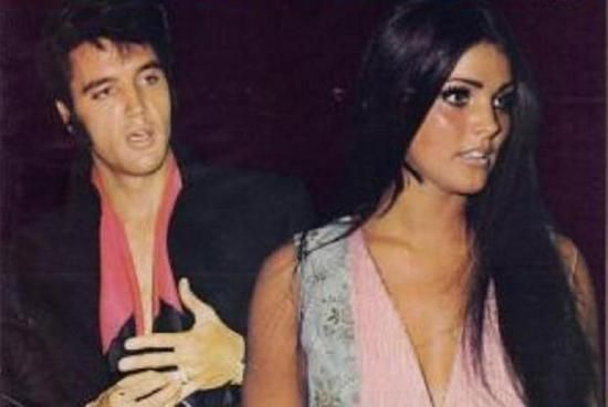 The couple agreed to share custody of their daughter and Priscilla was awarded an outright cash payment of $725,000 as well as spousal support, child support, 5% of Elvis' new publishing companies and half the income from the sale of their Beverly Hills home