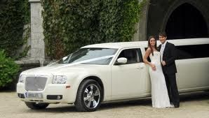 A wedding limo service is available with all the required enjoyment facilities such as music system, DVD player, drinks and are also decorated according to the theme of the wedding.